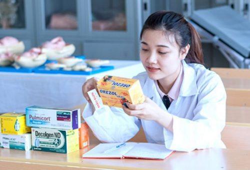 Tuyển sinh Cao đẳng Dược chính quy: Xét học bạ THPT