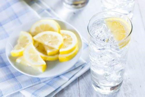 Một số thói quen gây ảnh hưởng đến sức khỏe ngày hè