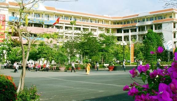 Góc giải đáp: Các trường cao đẳng tốt nhất ở TPHCM