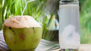 Lợi ích của nước dừa đối với các bà bầu